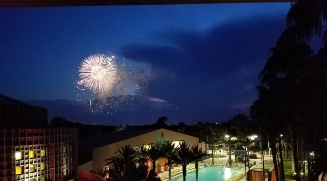 2016-09-25 19.47.26 Fireworks over Dolphin